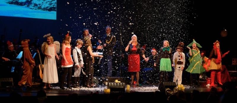 Kerstshow Margriet Eshuijs, Maarten Peters en NPO